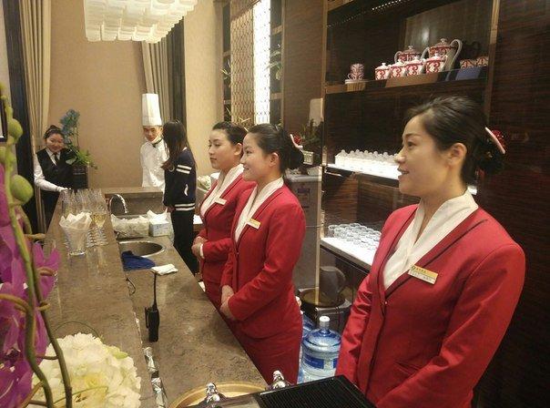 официанты китай