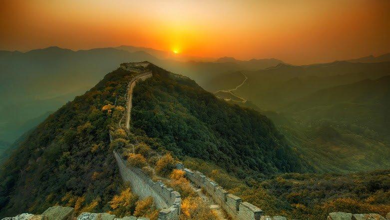 китайская стена возле пекина